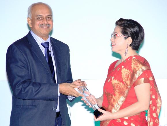 IAC President's Award  given to Bonnie Chan